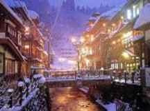 冬の銀山温泉