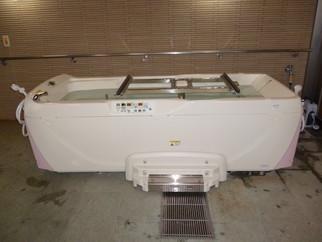 公益財団法人JKA様の競輪補助事業により福寿草小荷駄町に特殊浴槽が設置されました