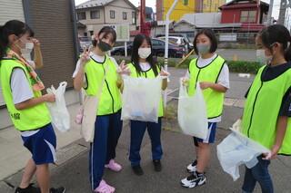 中高校生ボランティアサークル「にじ」 活動報告