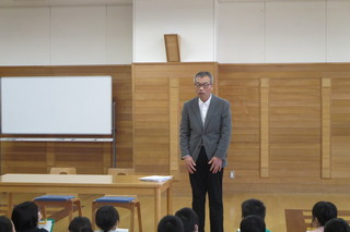 赤湯小学校で福祉教育をおこないました。