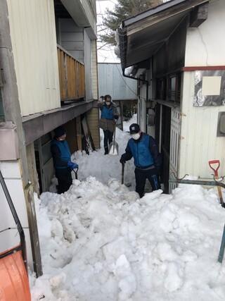 除雪ボランティアを行いました