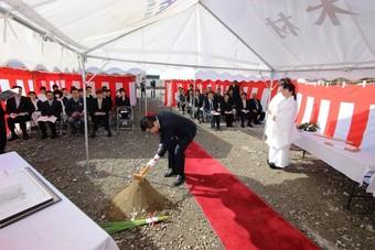 医療法人ゆうし会 南さがえ病院新築工事の安全祈願祭が行われました。